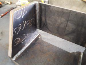 Soudure d'acier S235 après découpe jet d'eau